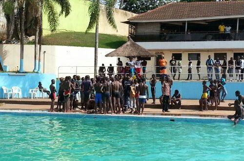 Article : Un adolescent retrouvé mort dans la piscine du Club Communal